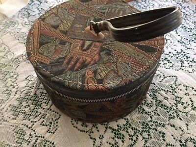 Antique Wig Hat Box Zippered Tapestry Munro Carry All vitntage round with pocket