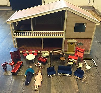 Vintage Lundby Dollhouse Carolines House Includes Dolls And
