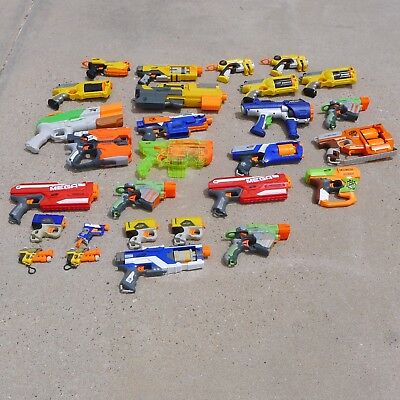 Huge Lot of 28 All NERF Brand Nerf Guns All Working