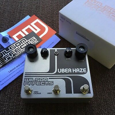 Wilson Effects Uber Haze Vibe/Chorus/Vibrato and Phaser Guitar Effect Pedal