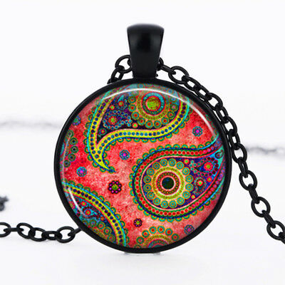 Queen Painting photo Black Dome Glass Cabochon Necklace chain Pendant #425