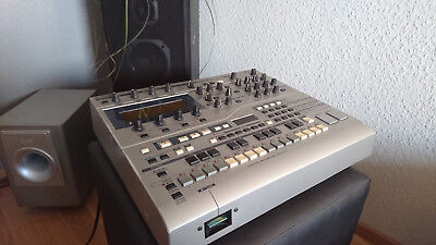 YAMAHA RS-7000 Music Production Studio, Synthesizer, Sequenzer, Beatbox, Sampler