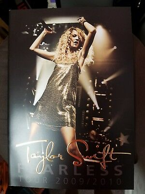 Taylor Swift Fearless Tour Book 2009/2010