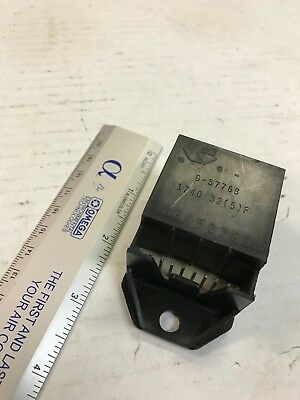 New nos Genelco Thermostat 9-5725