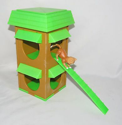 1975 Mattel Sunshine Family Pet House With Posable Cat