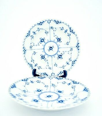 2 Dinner Plates #1084 - Blue Fluted Royal Copenhagen - Full Lace - 1:st quality