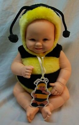 "Anne Geddes BABY IN BUMBLEBEE COSTUME 10"" Plastic Doll Toy w/ Tag"