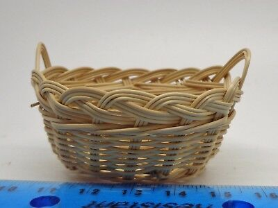 1:12 Scale Wicker Basket Dolls House Miniature Laundry Accessory