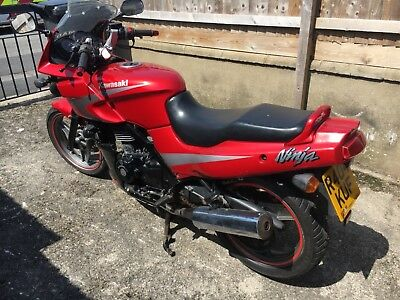 Kawasaki GPz500 1998 only 27k reliable commuter ride away - Reduced