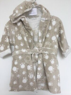 BNWOT Coo Chi Coo Fleece Hooded Dressing Gown. Beige. Paw Print. Age 0-24 Months