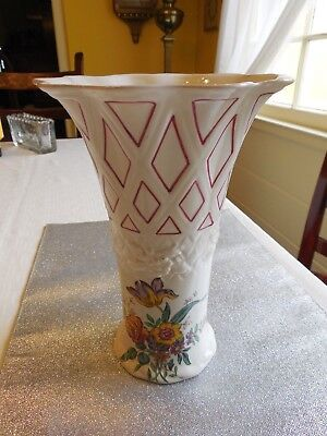 "Vintage Hand-Painted English BOOTHS Flower Vase  9.5""T"