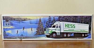 1987 Hess Toy Truck Bank Green and White in Original Box