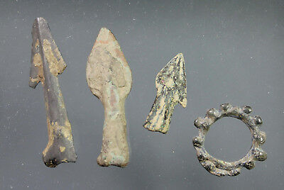 Group of Prehistoric artefacts (4 items), Bronzeage to La Tène, ca. 800 - 400 BC