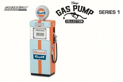 Vintage Gas Pumps Wayne Gulf 1/18 Scale Diecast Accessory By Greenlight 14010A