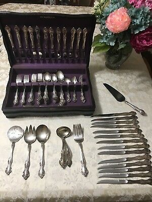 Reed & Barton 96 Piece Flatware Set ESTATE In Wood Chest Vintage