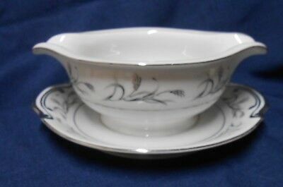 1950's Harmony House Platinum Garland Gravy/Sauce Boat W/ Attached Underplate