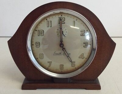 Smith Alarm wooden wind up mantel clock 1950s