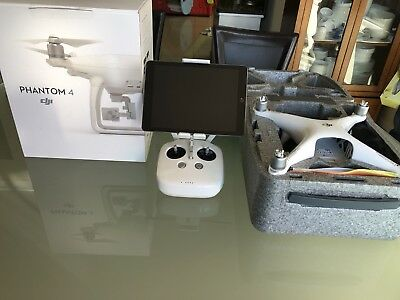 DJI Phantom 4 Drone - Immaculate condition - With original box - Only used once