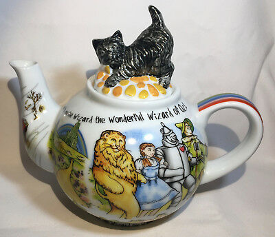 2011 Paul Cardew 'Wizard of Oz' Ceramic Teapot with Toto Lid, Tea