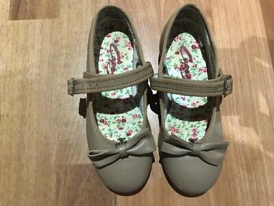 Girls Size 11 Capezio Mary Jane Tap Shoes