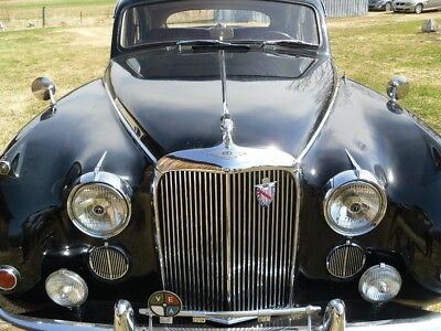 1961 Jaguar Mark IX PREMIUM JAGUAR MARK IX 100% ORIGINAL LHD BLACK AND RED BEAUTY, 2 OWNER CAR FROM NEW