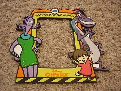 """Disney on Ice Monsters Inc. """"Assistant of the Month"""" rubber magnet photo frame"""
