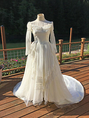 VINTAGE 1940's WEDDING DRESS BUYING FOR STUDY OR CRAFTS