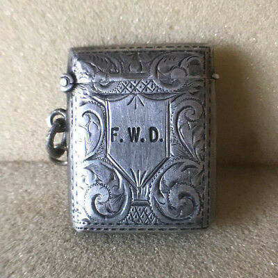 Solid Silver small Antique vesta case with an engraved design 1902