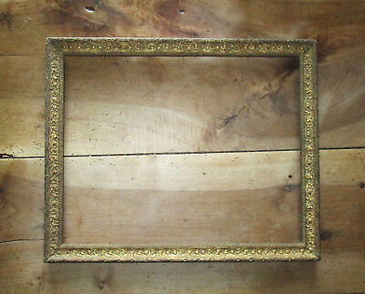 Superb frame antique wood and stucco golden dimensions of rabbet : 51 x 40,6 cm