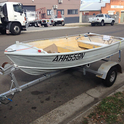 Tinny Savage Gull 3.4 Mtr on Trailer all Registered Oars,Jackets,Anchor,Lights