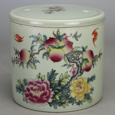 Chinese old hand-carved porcelain famille rose peach pattern Cricket cans c02