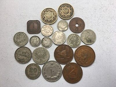 Lot Of Older Mixed World Coins / Sarawak Malaya Maroc Caribbean Territories Etc.