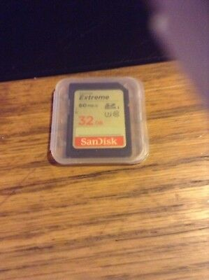 SanDisk 32GB Class 10 Extreme UHS-I U3 SD 60 MB/s SDHC Memory Card