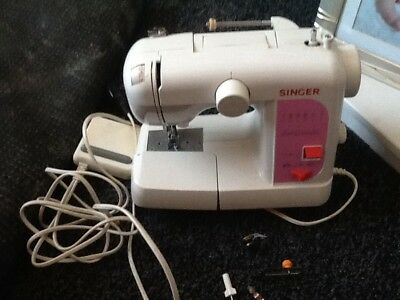 SINGER FEATHERWEIGHT Sewing Machine Model 40 £4040 PicClick UK Enchanting Singer Featherweight Sewing Machine Model 100