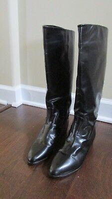 """ITALIAN LEATHER BOOTS  SIZE 8, beautiful pair of boot! Black, 16.5"""" high."""