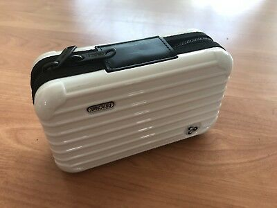 Original Rimowa Amenity Kit Thai Airways Weiß