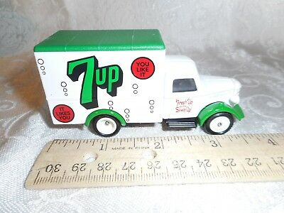 Diecast 7UP COLLECTIBLES White Box Truck FRESH UP WITH 7UP LIEDO Days Gone