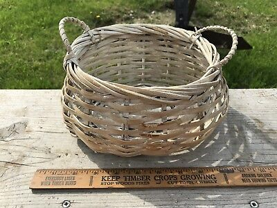 Vintage Weathered Wicker Rattan Basket ? White Shabby , Two Handles