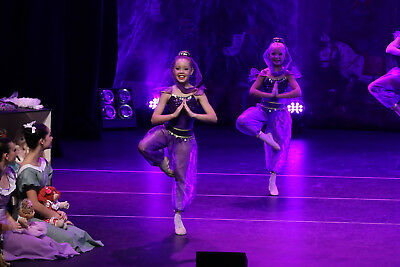 Girls Dance costume in purple Arabian style genie