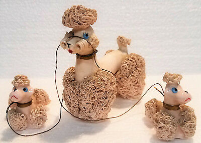 Vintage FRENCH POODLE W/ Puppies SPAGHETTI White  CERAMIC FIGURINE Japan. B3