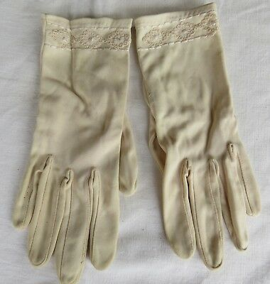 Vintage FABRIC Cream GLOVES - Size 6