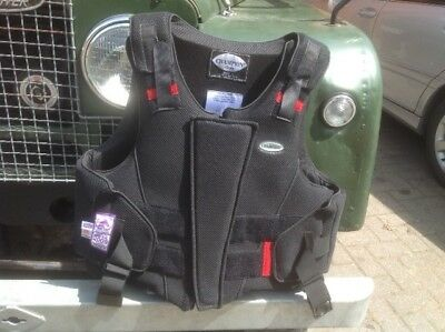 Champion Zip Air chest protector - Adult size M, black, hardly used