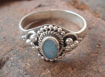 925 Solid Silver Balinese Ring Handcrafted Opal Stone Size 6-H42