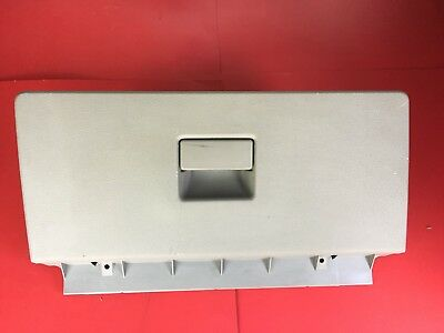 2004 - 2007 Ford Freestar Lx Passenger Side Glove Box Compartment Assembly Oem