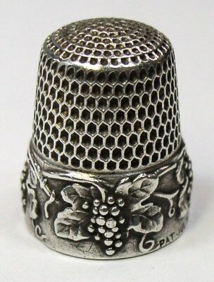 Antique Simons Brothers Sterling Silver Thimble Grapes Leaves & Vine  Dtd 1907