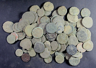 Bulk-Lot, 90 mainly uncleaned Roman Imperial coins, 3rd to 4th Century A.D.