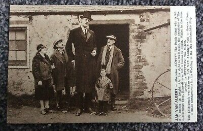Early Novelty Postcard Lofty The Dutch Giant & Seppitoni The Midget Gretna Green