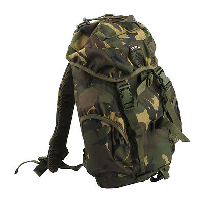FOSTEX Recon Back Pack Motorrad Rucksack 15L, Army Cameo mit Regencover