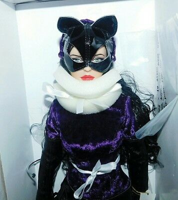 Collectors DC Tonner Catwoman Doll