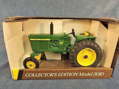 John Deere Model 3010 Tractor - Collector Edition  - 1992 - New In Box